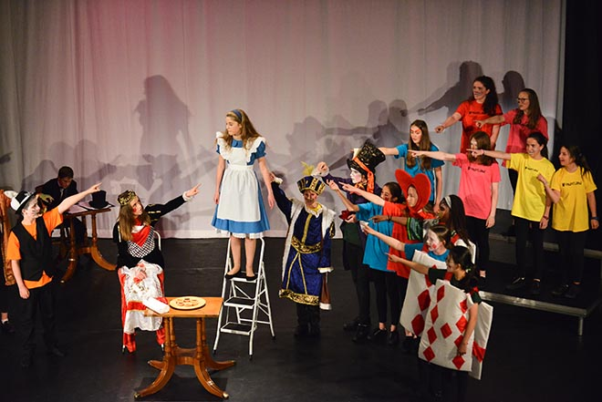 Downside Perfom Alice Musical